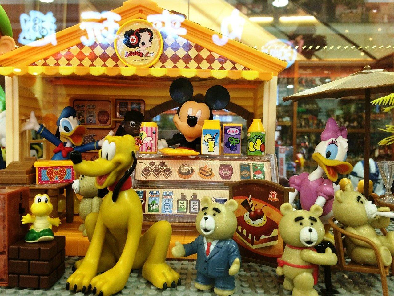 2b2ed9d228e В России открылся первый магазин игрушек от компании Disney